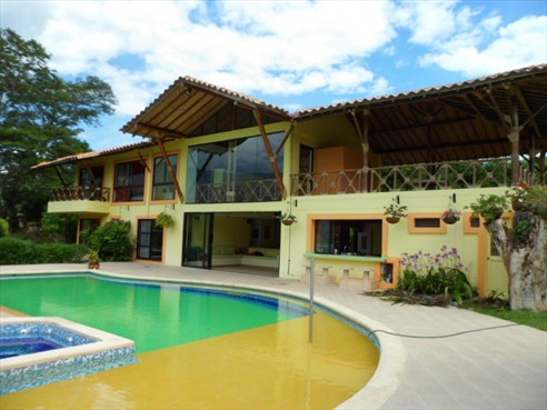 Finca Recreativa en Area Rural,  Santa Fé De Antioquia,  83227